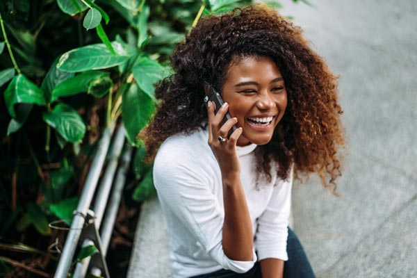 beautiful-woman-talking-on-phone